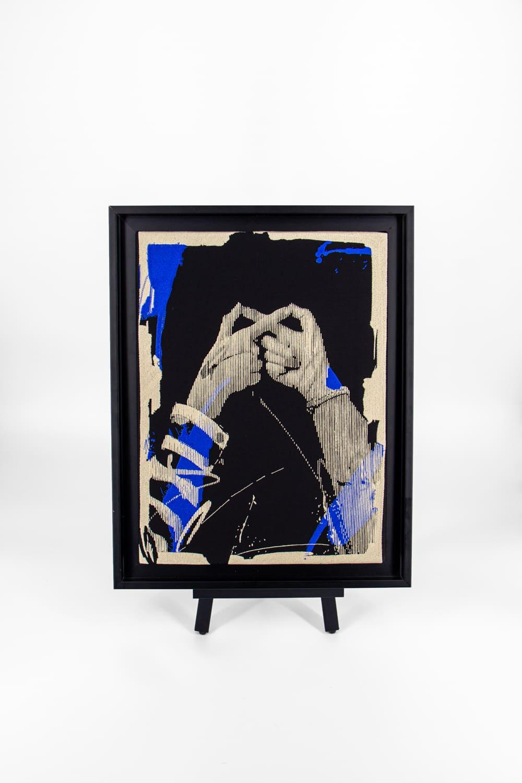 Broderie d'art de l'artiste Laser 3.14 réalisée dans l'atelier lyonnais de la galerie textile VANGART.