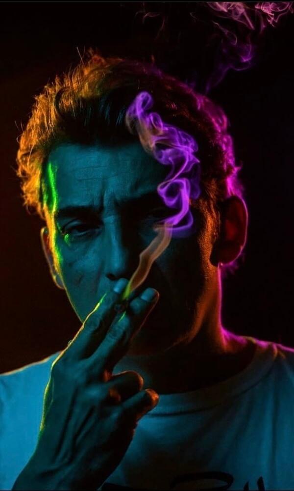 Imprégné par la génération hiphop, Vision est un graffiti artiste prolifique connu pour ses tags et ses patchworks hauts en couleur.