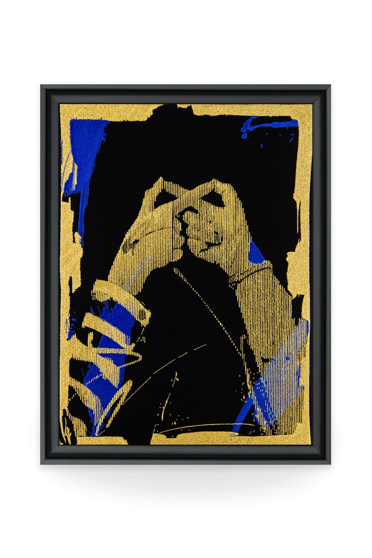 En collaboration avec la galerie d'art Vangart, le street-artiste Helio Bray a fait le choix de la broderie pour illustrer son art. Chacune de ses toiles sont signées par l'artiste lui-même.