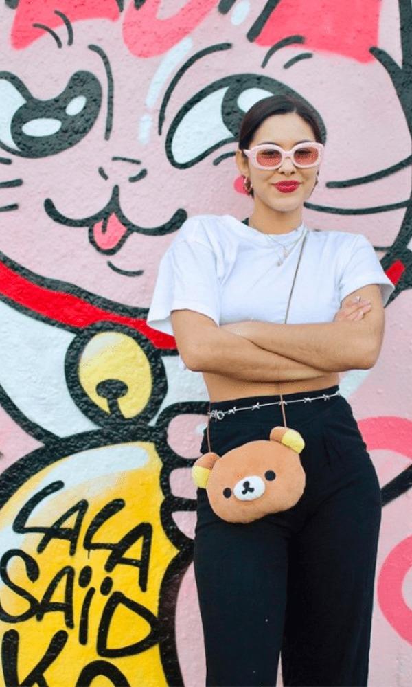 Lalasaïdko est une artiste dont le style se définit par une association entre la culture japonaise et urbaine. Elle est identifiable par les personnages qu'elle crée et qui l'accompagnent au fil des années sur mur, toile ou sur papier.